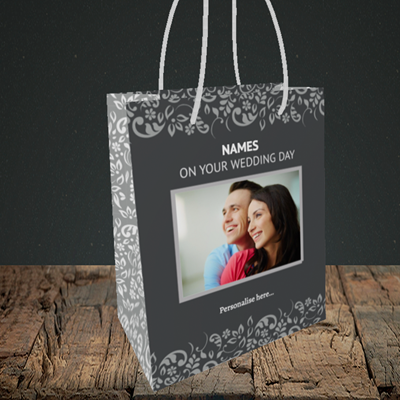 Picture of Baroque, Wedding Design, Small Portrait Gift Bag