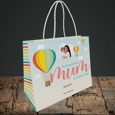 Picture of Hot Air Balloon, Mother's Day Design, Small Landscape Gift Bag