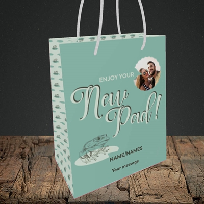 Picture of New Pad, New Home Design, Small Portrait Gift Bag