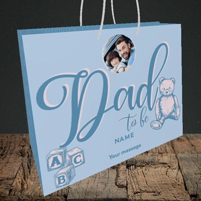 Picture of Dad To Be, Pregnancy Design, Medium Landscape Gift Bag