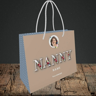 Picture of Nanny Floral Letters, Mother's Day Design, Small Landscape Gift Bag