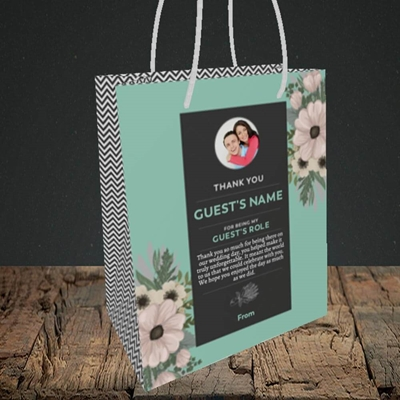 Picture of Flowers Green SG, Wedding Design, Small Portrait Gift Bag