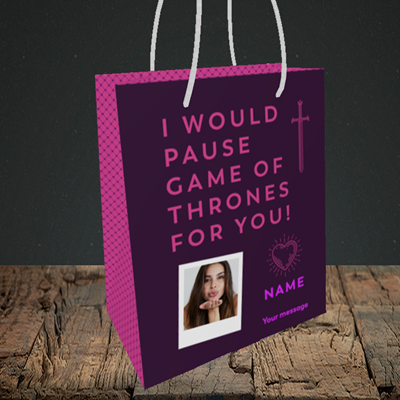 Picture of Game Of Thrones, Valentine's Design, Small Portrait Gift Bag