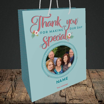 Picture of Thank You, Wedding Design, Medium Portrait Gift Bag