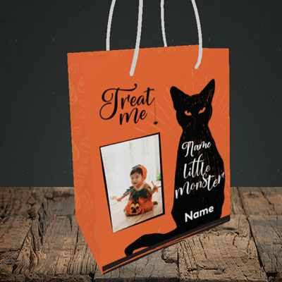Picture of Cat, Halloween Design, Small Portrait Gift Bag