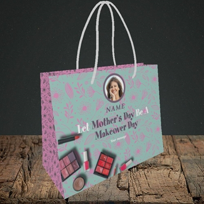 Picture of Makeover Day, Mother's Day Design, Small Landscape Gift Bag