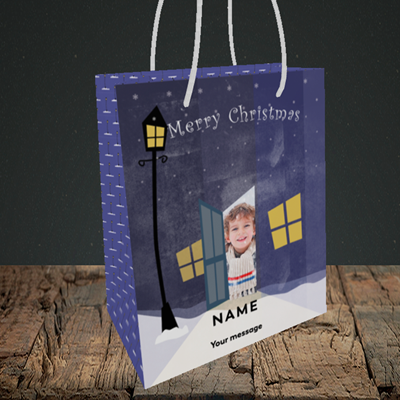 Picture of Lamp Post, Christmas Design, Small Portrait Gift Bag