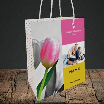 Picture of Mother's Day Tulips, Mother's Day Design, Small Portrait Gift Bag