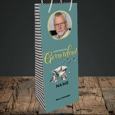 Picture of Grandad Gardening, Birthday Design, Bottle Bag