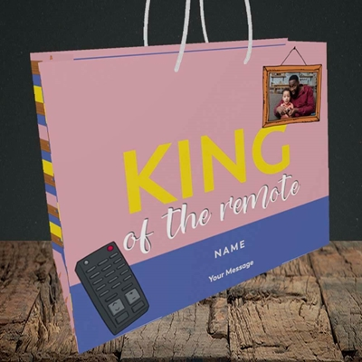 Picture of King Of The Remote, Father's Day Design, Medium Landscape Gift Bag