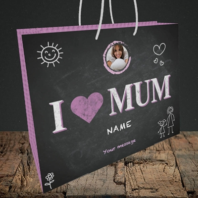 Picture of I Love Mum (Chalk Board), Medium Landscape Gift Bag