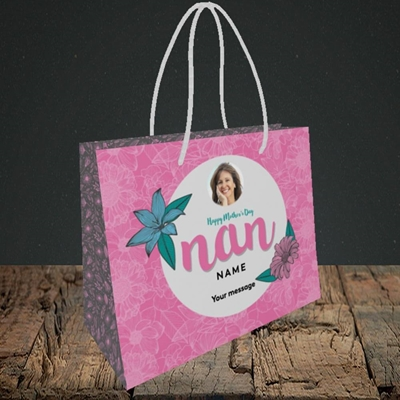 Picture of Happy Mother's Day Nan, Mother's Day Design, Small Landscape Gift Bag