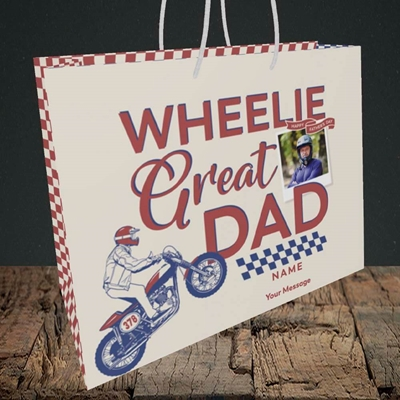 Picture of Wheelie Great Dad, Father's Day Design, Medium Landscape Gift Bag