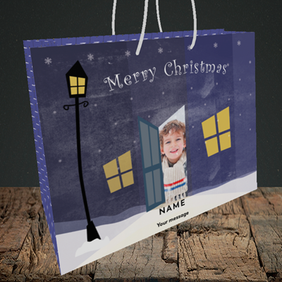 Picture of Lamp Post, Christmas Design, Medium Landscape Gift Bag