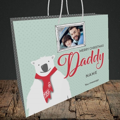 Picture of Daddy Polar Bear, Christmas Design, Medium Landscape Gift Bag