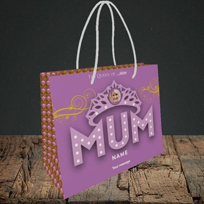 Picture of The Queen, Mother's Day Design, Small Landscape Gift Bag