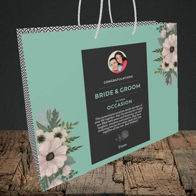 Picture of Flowers Green B&G, Wedding Design, Medium Landscape Gift Bag
