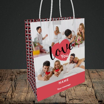 Picture of Central Heart, Valentine's Design, Small Portrait Gift Bag