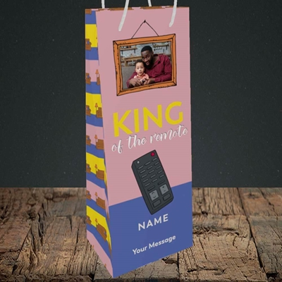 Picture of King Of The Remote, Father's Day Design, Bottle Bag