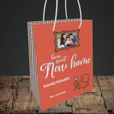 Picture of Sweet New Home, New Home Design, Small Portrait Gift Bag