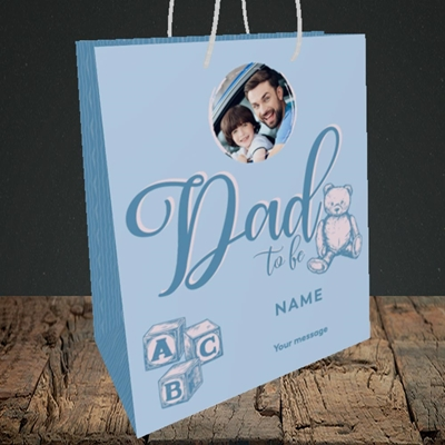 Picture of Dad To Be, Pregnancy Design, Medium Portrait Gift Bag